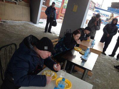 В Новокузнецке поставили рекорд по поеданию пельменей