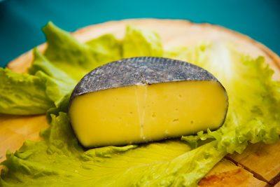 Кемеровский сельхозинститут принимает заказы на «Шахтёрский» сыр по 1300 за кило