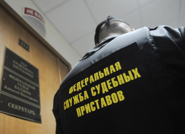 Приставы заставили новокузнецкую фирму заплатить налоги