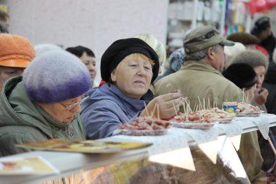 Каждому десятому жителю России не хватает денег на продукты питания