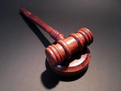 В Кемерове осудили пьяного тракториста, разъезжающего на Infiniti
