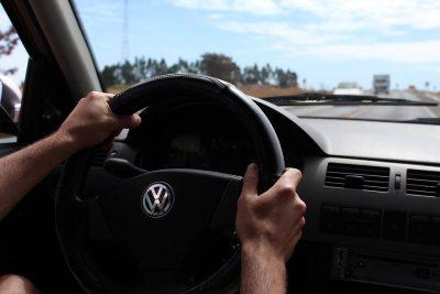 В России хотят поделить водителей на любителей и профессионалов