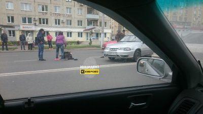 В Кемерове на бульваре Строителей автомобиль Daewoo Nexia сбил женщину