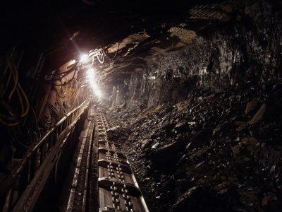 Рабочий погиб на шахте «Юбилейная» из-за несогласованности действий коллег
