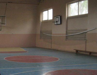 В Осинниках из-за радиации закрыли школьный спортзал
