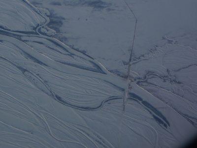 В Кузбассе открыли первую автомобильную ледовую переправу