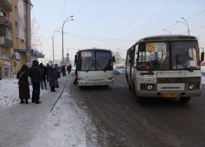 Опубликовано видео очной ставки кондуктора и новокузнечанки, высаженной в мороз из автобуса