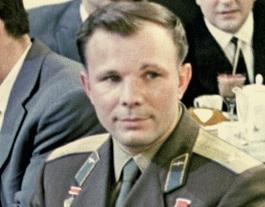 Жители России назвали кумиров XX века