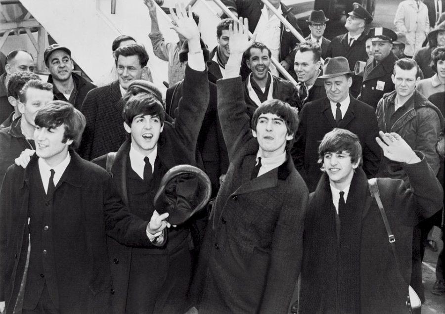 Редкие снимки первых гастролей The Beatles ушли саукциона за $357 тыс