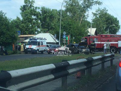 Фото: в Кемерове произошло серьёзное ДТП