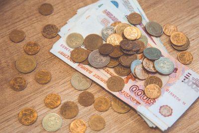 В первом полугодии средняя зарплата преподавателей вузов в Кузбассе превысила 73 тысячи рублей