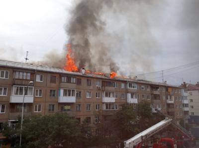 Новая кровля появится на горевшей пятиэтажке в центре Кемерова до 20 сентября