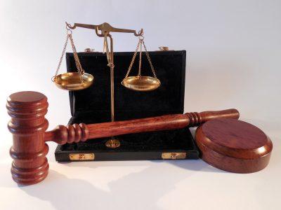В Кузбассе осудили троих иностранцев за присвоение 1800000 рублей