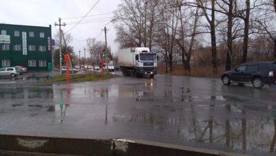 В Кемерове на «трудном» перекрёстке заработал новый светофор
