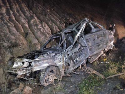 В Кузбассе на трассе «легковушку» смяло в ДТП с прицепом, есть погибший