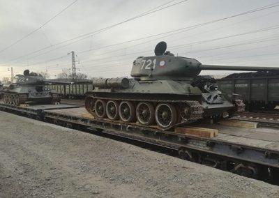 Видео: через Кузбасс прогнали десятки легендарных советских танков