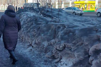 Власти рассказали, как будут бороться с чёрным снегом в городах Кузбасса