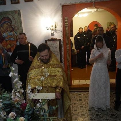 Фото: кузбасские влюблённые обвенчались в очень необычном месте