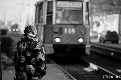 Очевидцы: в Кемерове загорелся трамвай с пассажирами