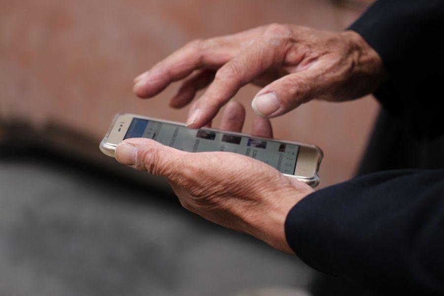 Новокузнечанка ответила на звонок и лишилась почти полмиллиона рублей