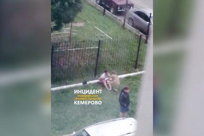 В Кемерове мужчину ударили ножом за замечание