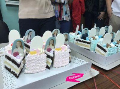 Фото: сибирским выпускникам подарили торт «с надгробиями»