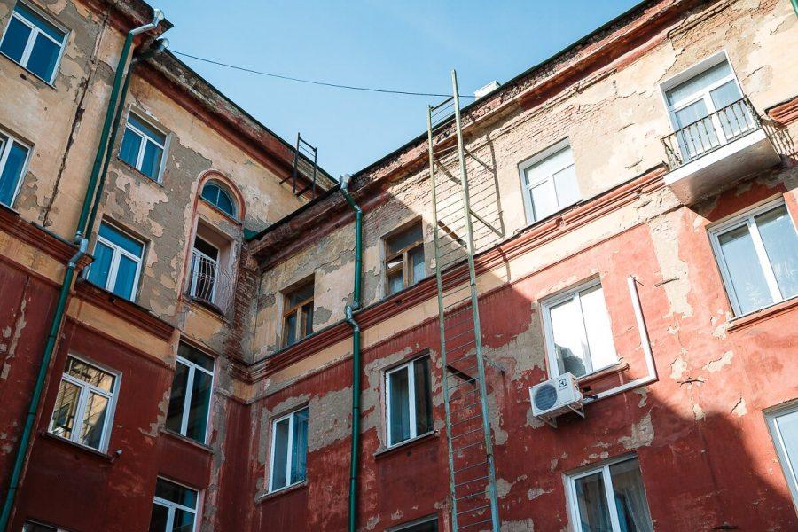 В кемеровской многоэтажке произошло ЧП