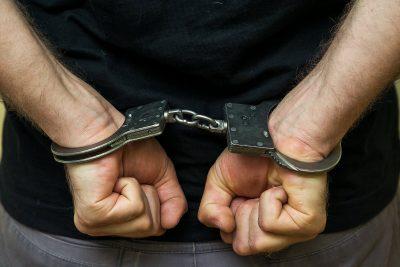 В Кемерове поймали опасного мужчину по яркой одежде