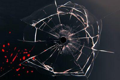 Видео: в Кемерове расстреляли трамвай с пассажирами