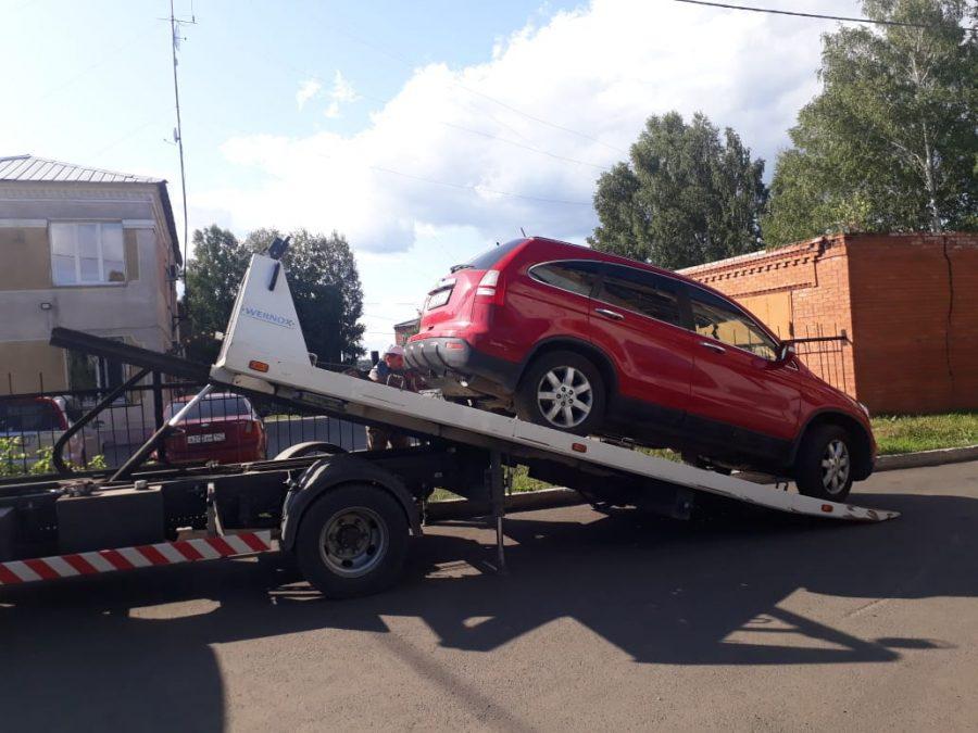 Кузбассовец из-за бывшей жены лишился автомобиля