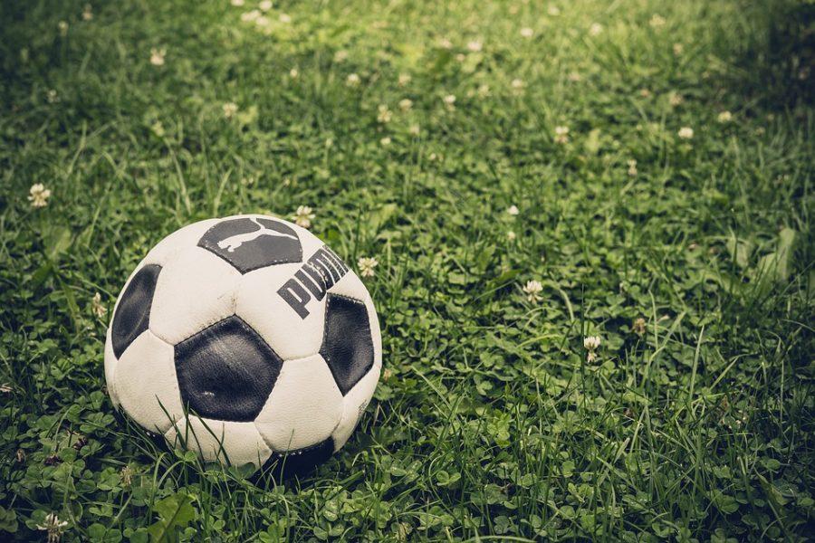 В Кузбассе на футбольное поле потратили десятки миллионов рублей