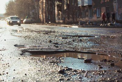 Администрацию Кемерова снова оштрафовали из-за дорог