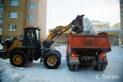 Илья Середюк проверил уборку дорог в Кемерове