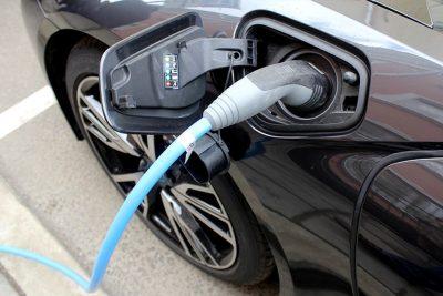 В Кузбассе владельцев электрокаров освободят от транспортного налога