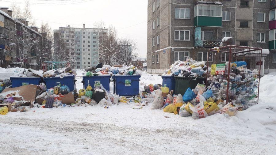 В Кузбассе регоператор потребовал повысить тариф на вывоз мусора