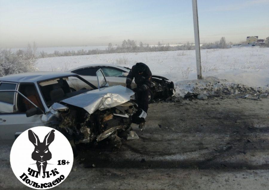 Видео: в серьёзном ДТП в Кузбассе пострадали трое