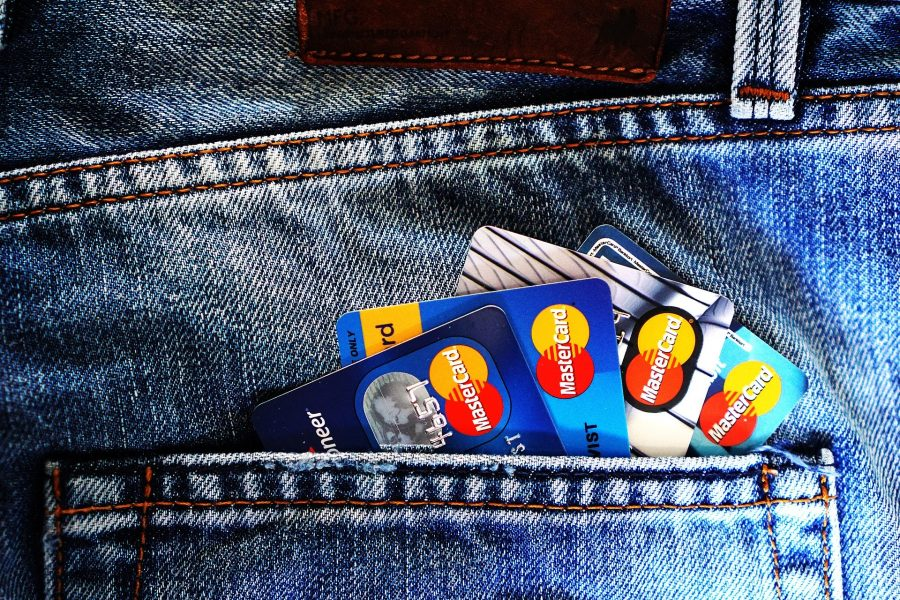 ВТБ откажется от пластика при производстве банковских карт